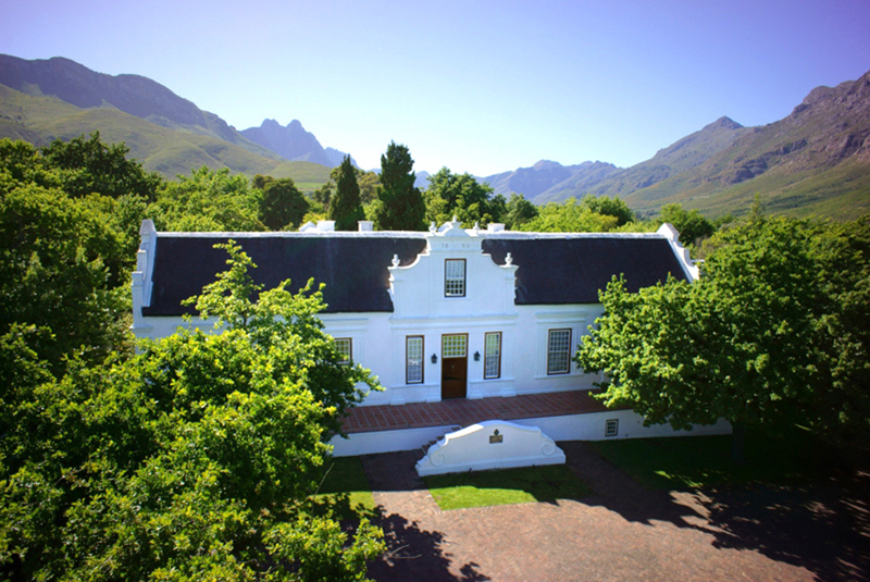 waterfront-helicopter-tours-winelands